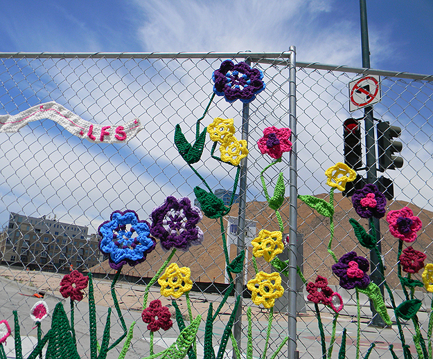 Yarn Bomb Fence Flowers Craft Crochet Graffiti Street Art